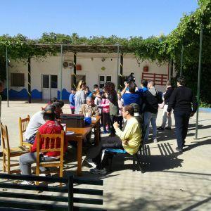 Entrañable convivencia de alumnos de catequesis en Betsaida