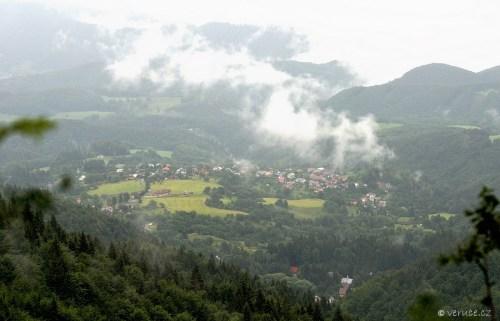 Z Kralického sedla na Zlatou Studňu (Kremnické vrchy)