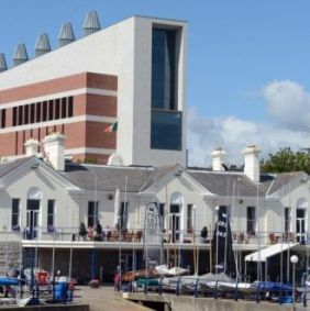 dun laoghaire library
