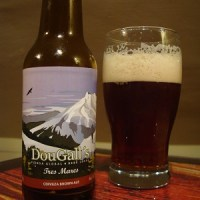 DouGall's 942 IPA y DouGall's Tres Mares