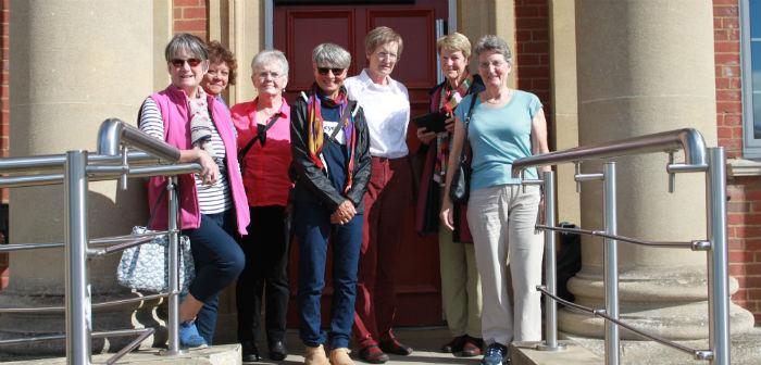 nursing 71 reunion group w700