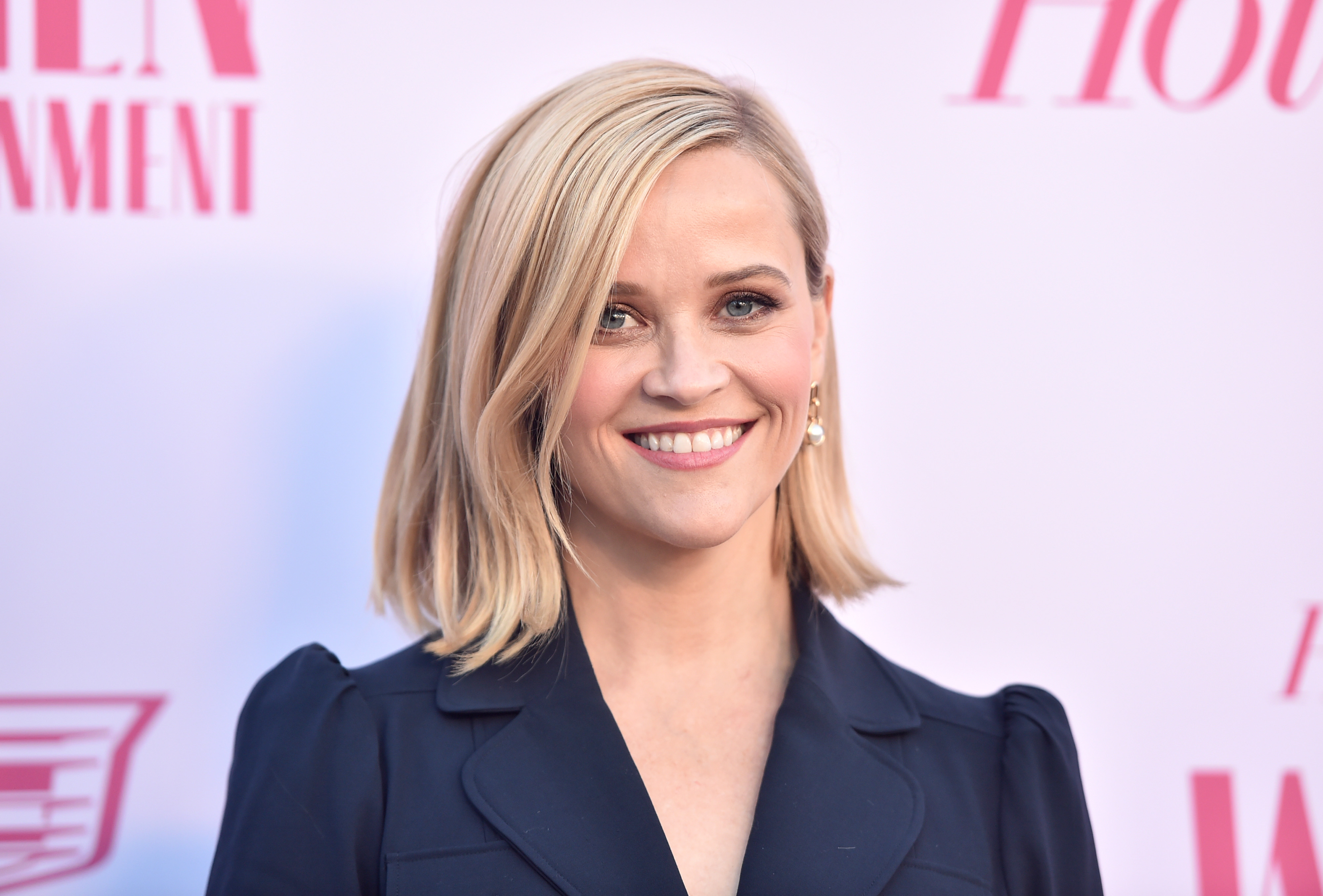 Reese Witherspoon Sells Pacific Palisades Home for $17 Million   Observer