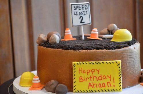 Construction Cake (1280x851)