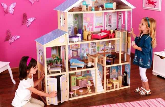 игрушечный дом и мебель для кукол
