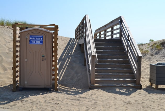 gray-eagle-beach-access-5