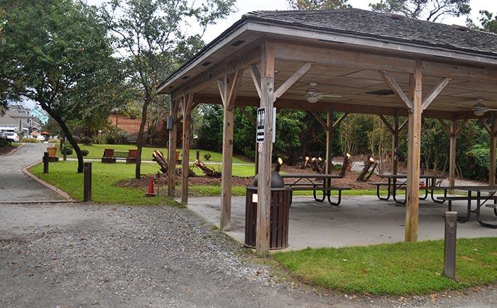 duck-sound-access-picnic-pavilion-hut