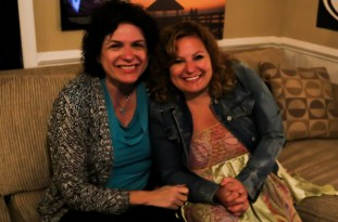 Sue Artz with Roanoke Island Festival Park Executive Director Kim Sawyer at OBX Entertainment Studios on May 1, 2015 (photo by OBXentertainment.com)