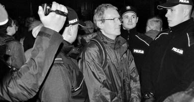 Tadeusz Jakrzewski podczas miesięcznicy 10 maja 2017