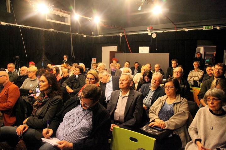Spotkanie zObywatelami RP weWrocławiu wsprawie powszechnych prawyborów przezwyborami dosamorządów