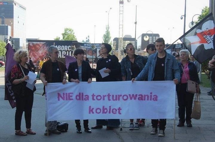 Protest przeciwko powołaniu prof.Bogdana Chazana nakonsultanta ds.ginekologii ipołożnictwa