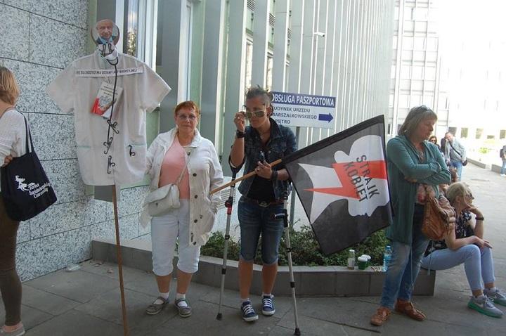 przeciwko powołaniu prof.Bogdana Chazana nakonsultanta ds.ginekologii ipołożnictwa