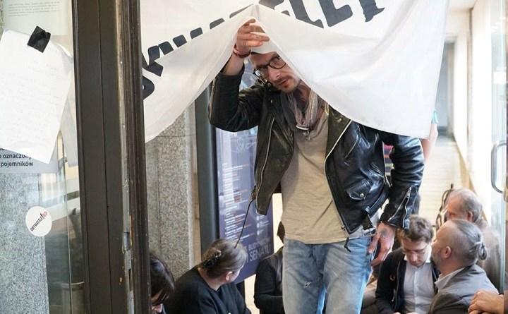 Protest Obywateli RP w sejmowym biurze przepustek