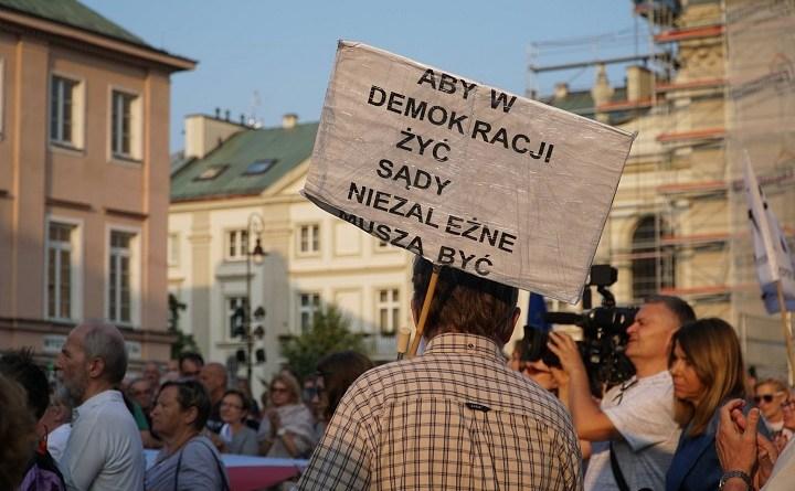 Demonstracja Euopo, nie odpuszczaj w Warszawie, 11.06.2018, fot. (c) WILK