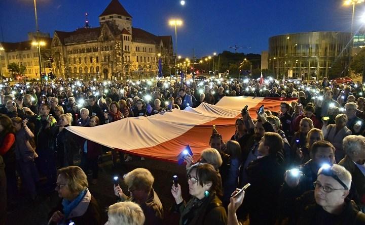 Demonstracja Europo, nie odpuszczaj! w Poznaniu, 26 czerwca 2018