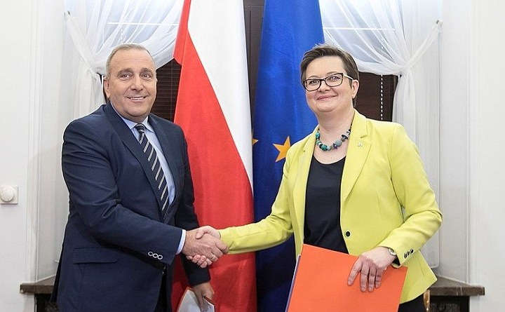 Grzegorz Schetyna i Katarzyna Lubnauer po podpisaniu porozumienia o wspólnych listach do sejmików w wyborach samorządowych