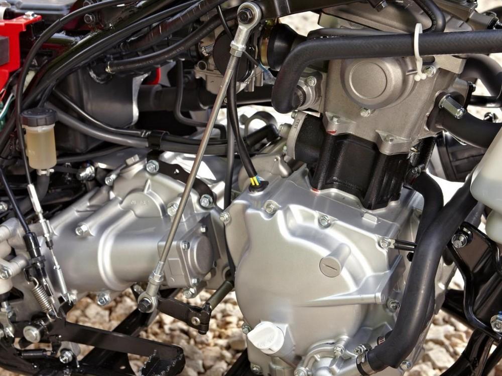 Forskellige mål er udvalgte quad cykler med forskellige motorvolumen