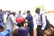 L'OCADES Caritas Burkina solidaire des migrants bloqués à Ouagadougou