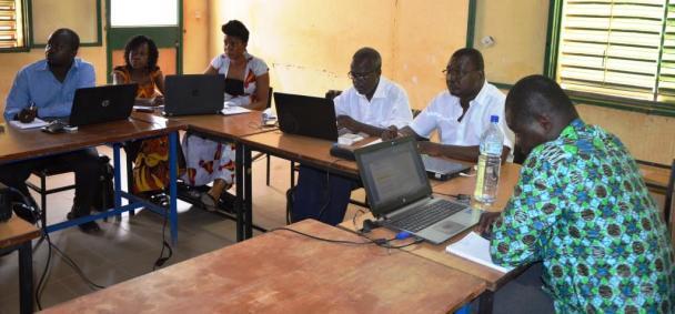 •Les participants au cours de la formation