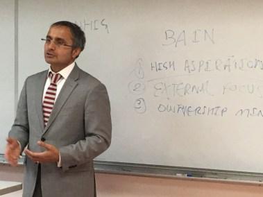 CEO Teaching Entrepreneurship to College Kids 4