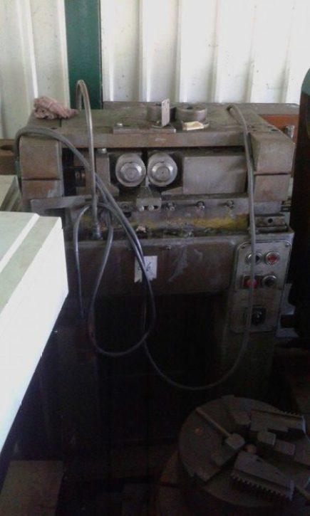 Máquina de fazer varao roscado