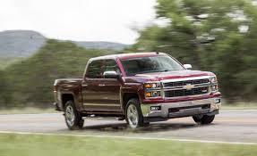 Conduite de la Chevrolet Silverado 1500 1LT