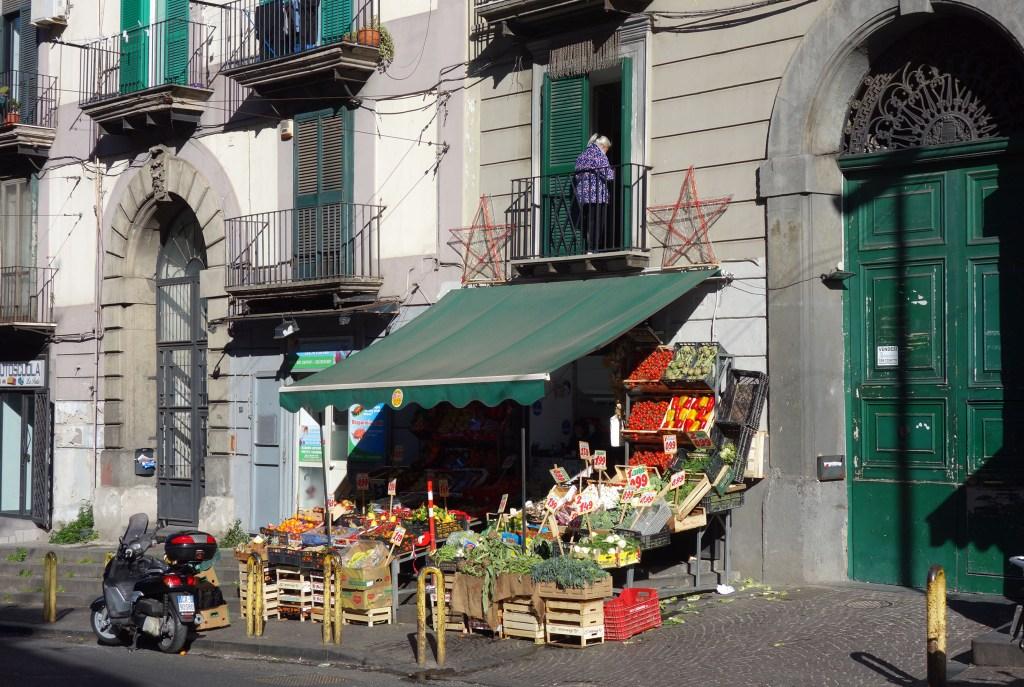 Naples clichés