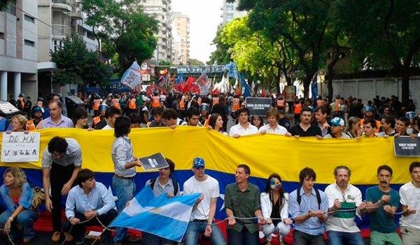 venezuela-feb-16