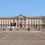 Toulouse, du Capitole aux quais de Garonne
