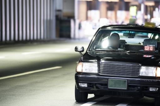 タクシー運転手ワイ「なにか怖い体験とかしたことあります?」の返事を書いてく