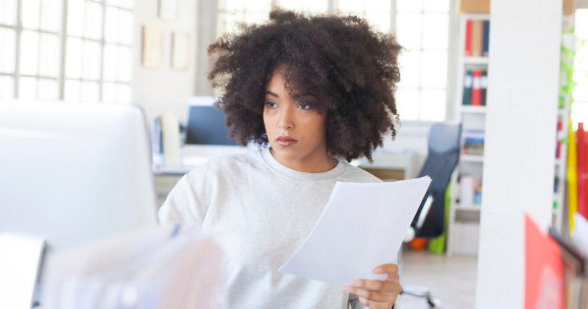 Does being beautiful help a woman's career?