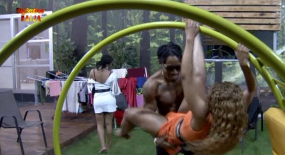 Ike and Mercy couldn't resist each other's company after the 7th Saturday Night Party. [Twitter/BBNaija]