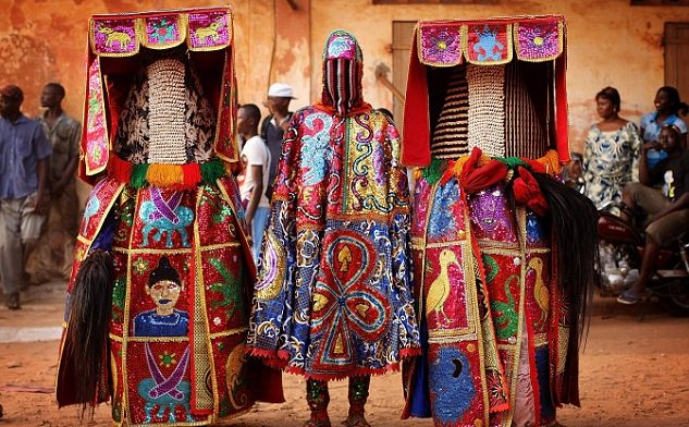 Masquerades from Voodoo festival Benin [Continent tours]