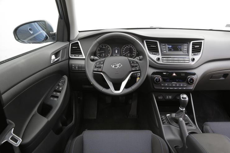 Hyundai Tucson 16 GDI 2WD Bazowy Te Daje Rad Auto