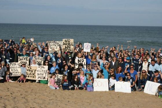 675 Citizens show up at a BOEM Atlantic lease-sale hearing in Kill Devil Hills NC Photo by Randy Sturgill/Oceana