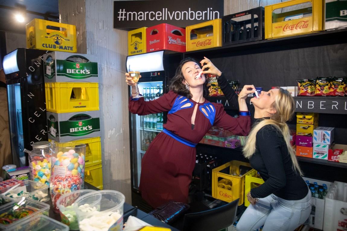 Marcell-v-Berlin-FFM_mode-blog_oceanblue-style_Netti-weber.jpg