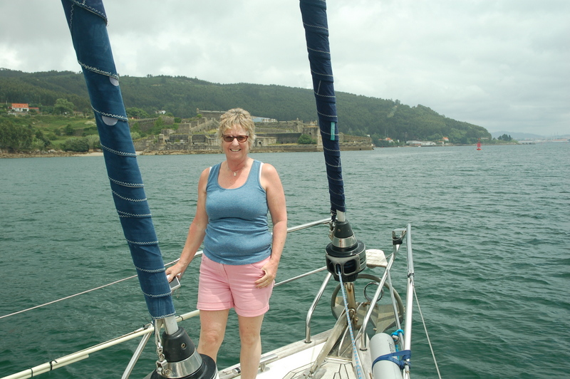 Julie on the bow, with the older fort behind