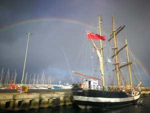 Pelican of London im Hafen