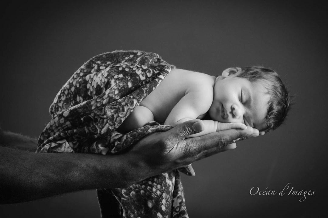 photographie bébé noir et blanc