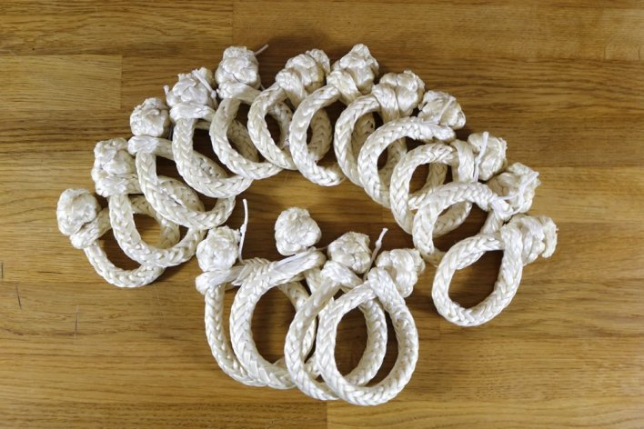 Classic yacht soft shackles