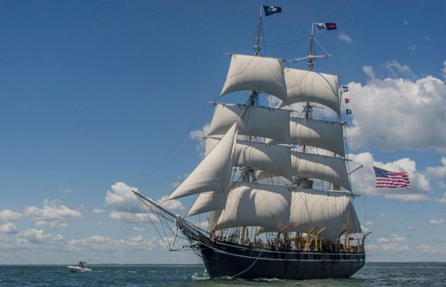 ​a clipper ship