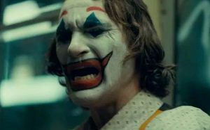 arthur llorand 300x187 - Joker y la sociedad.