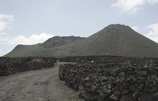 Yé-Volcán de la Corona
