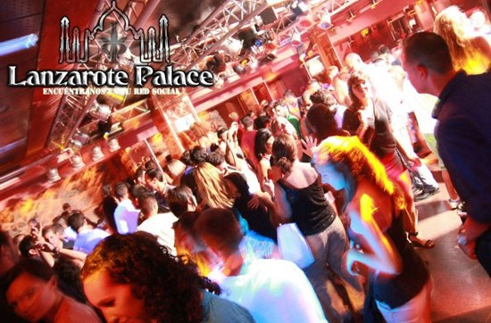 Ambiente de la discoteca Lanzarote Palace de Puerto del Carmen, Lanzarote