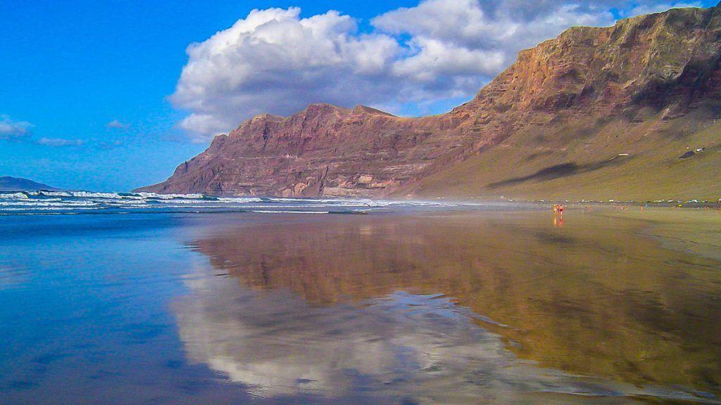 Playa de Famara (Lanzarote)