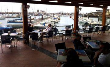 terraza cafe del mar playa blanca