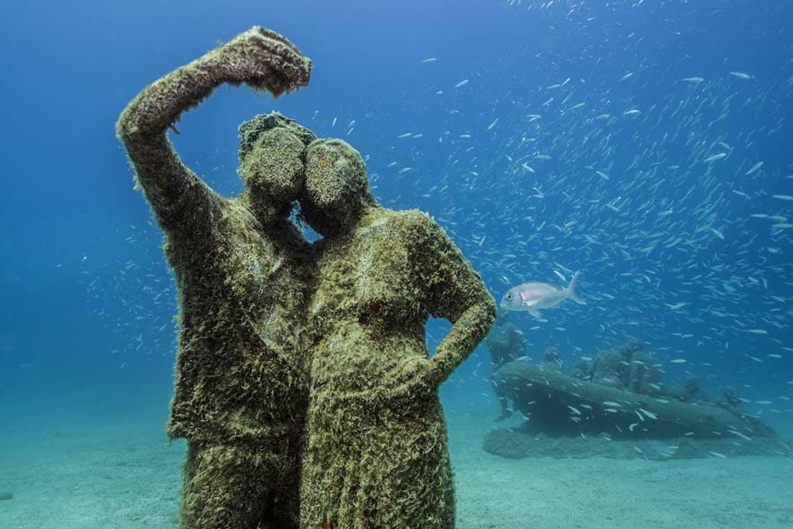 mueso atlantico pareja selfie