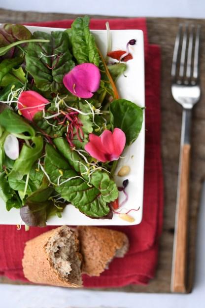 Flowers Rainbow Salad :: Nikon Day @ Sabatini Fotografia | Recipe and Styling: Orsola Ciriello Kogan | Photo: ©LuciaZeccara