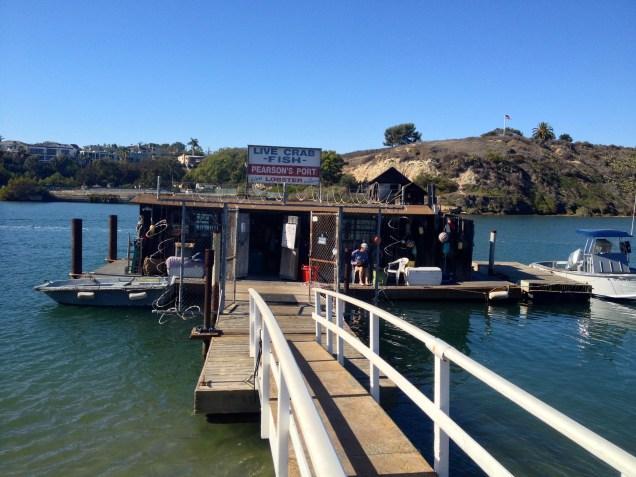 Pearson's Port ute på en flytbrygga