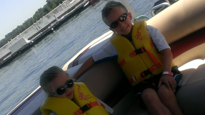 Bay Lake Boat Rentals with the family