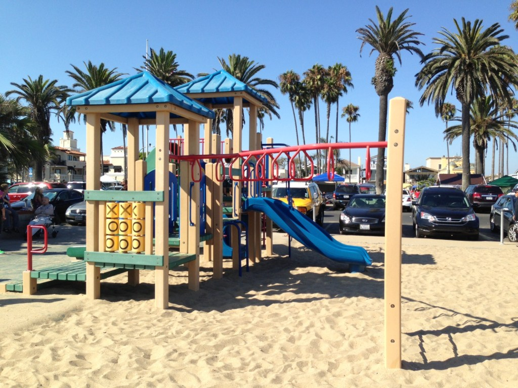 Guide to Peninsula Park Balboa in Newport Beach at The Pier